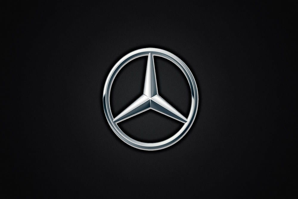 World Famous Logos - Mercedes