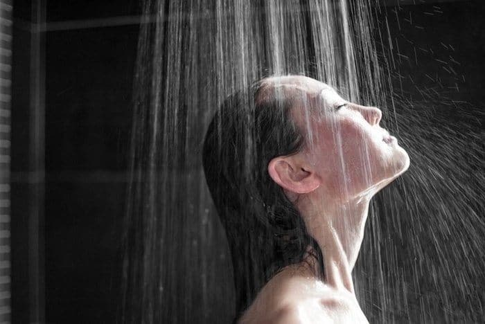 15 Benefits of Cold Showers Every Man Should Experience