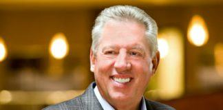 50 John C. Maxwell Quotes on Leadership & Growth