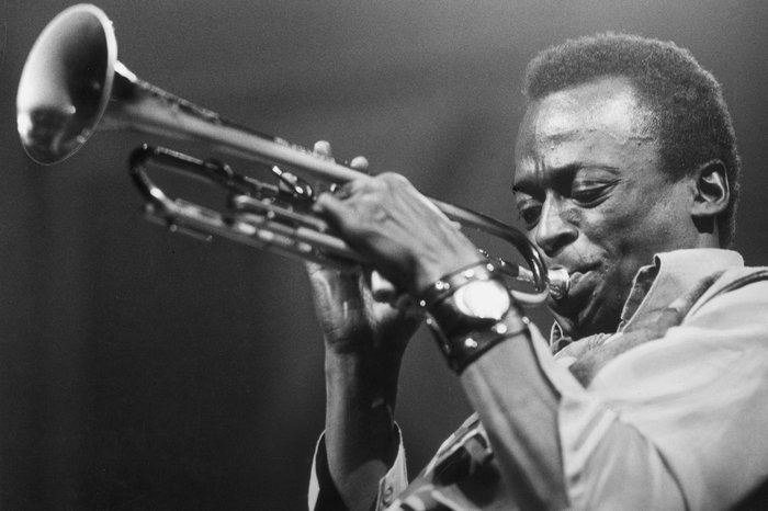 16 Motivational Miles Davis Quotes