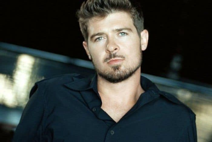 Successful Individuals Poor at Old Age - Robin Thicke