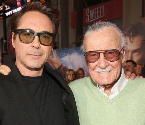 Celebrities React to Death of Marvel Comics Visionary Stan Lee