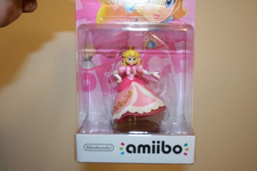 Most Expensive Amiibo Figures - Legless Princess Peach