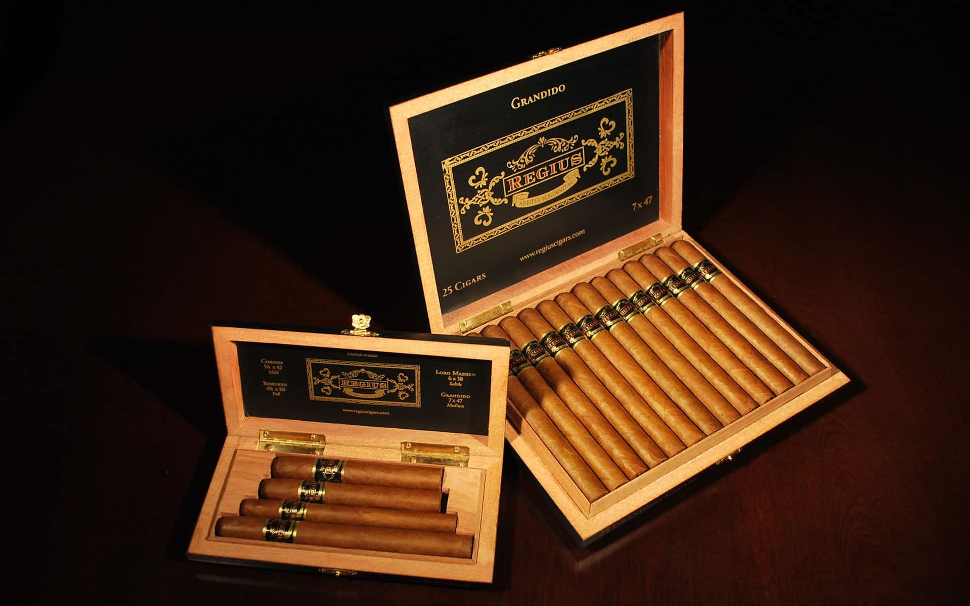 Most Expensive Cigars - Regius Double Corona Cigar - $52,785.20:Cigar